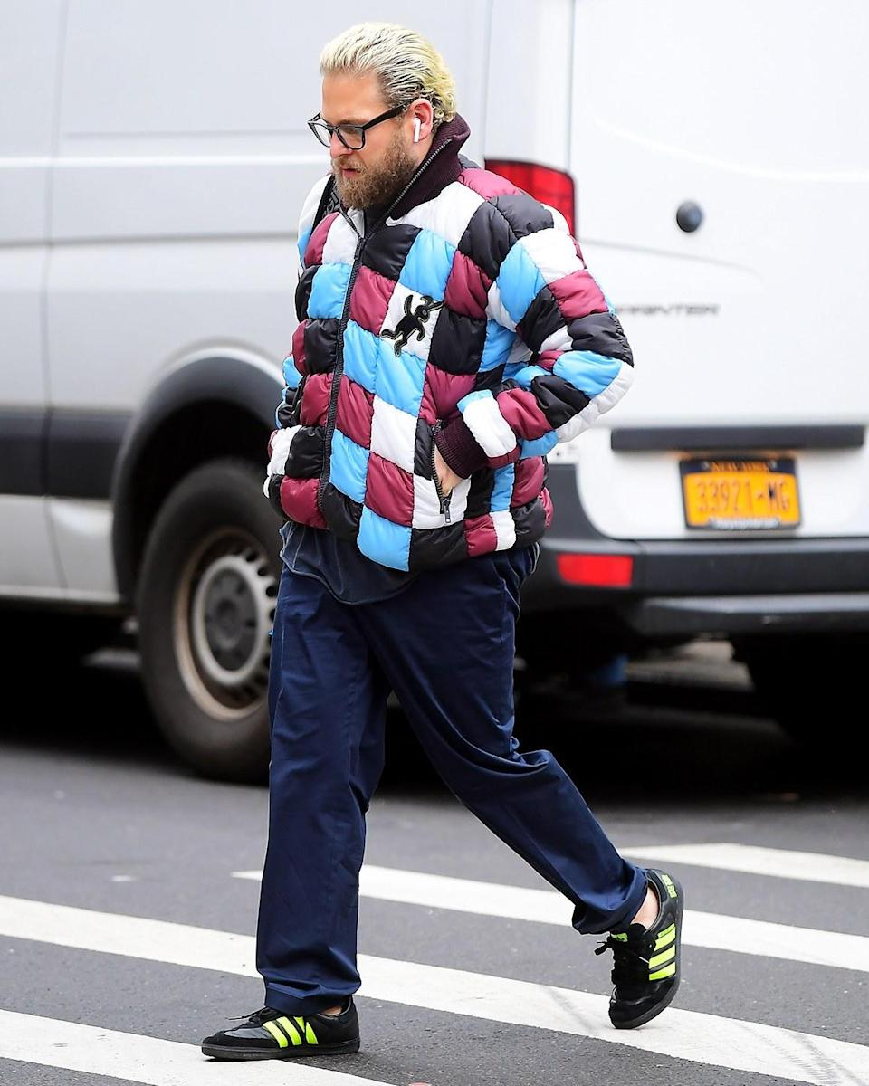 """<h1 class=""""title"""">January 29: Jonah Hill</h1> <div class=""""caption""""> The ingredients in Jonah's #BigFitoftheDay: dye job, AirPods, new Adidas, and an incredible jacket. </div> <cite class=""""credit"""">Splash News</cite>"""