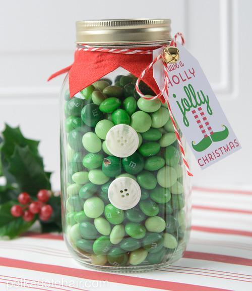 Mason Jar Christmas Decorations: 14 Mason Jar Crafts You Need This Christmas