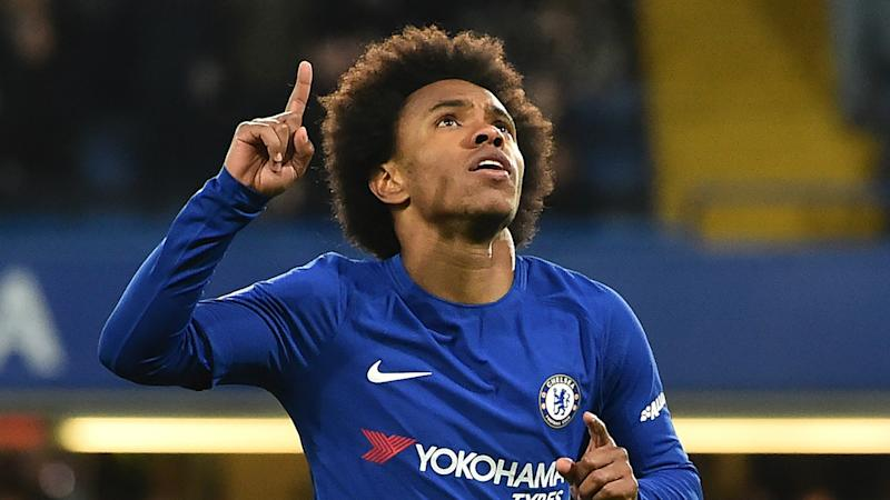 Willian wants new contract and 'more years' at Chelsea amid Man Utd transfer talk