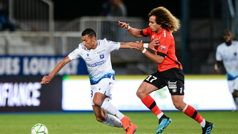 OFFICIEL - Guingamp : Mehdi Boudjemaa prolonge et file à Laval