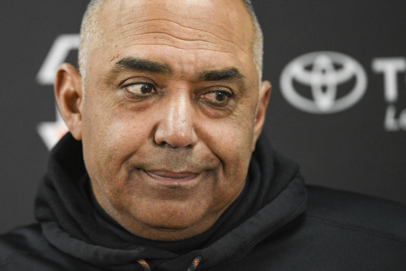 Cincinnati Bengals head coach Marvin Lewis signed a two-year contract to remain with the team. (AP)