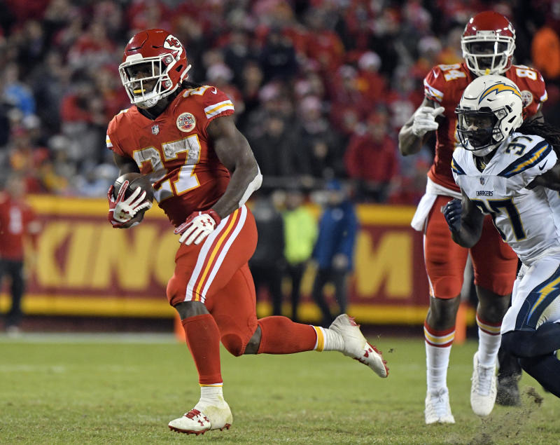 Kareem Hunt had a big night as the Chiefs moved closer to clinching a division title. (AP)