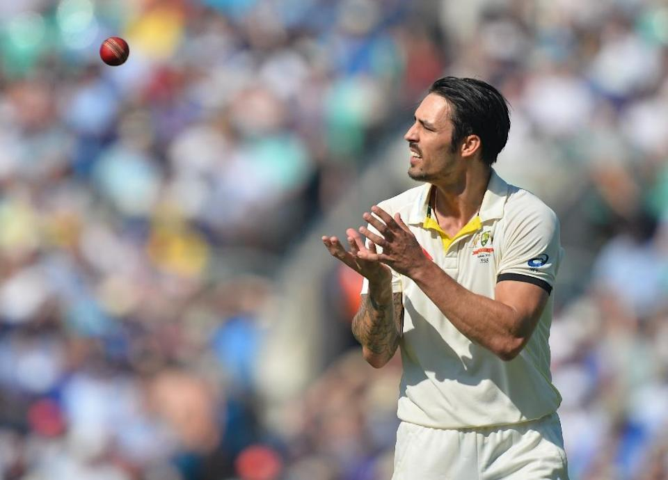 Australia's Mitchell Johnson, seen in action during the third day of their fifth Ashes Test match against England, at the Oval in London, on August 22, 2015 (AFP Photo/Glyn Kirk)