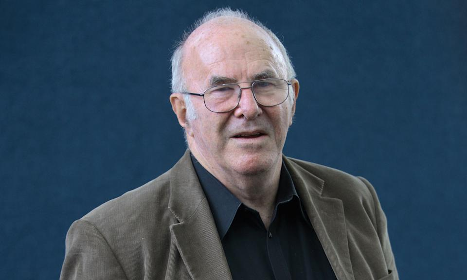 """Broadcaster and author Clive James passed away from Leukemia on 24 November at the age of 80. Known for his dry wit, James rose to fame as a literary critic and TV columnist before working on programmes such as <em>Clive James On Television</em>. A statement from his agents said he died """"one month after he laid down his pen for the last time"""". (Photo by Colin McPherson/Corbis via Getty Images)"""
