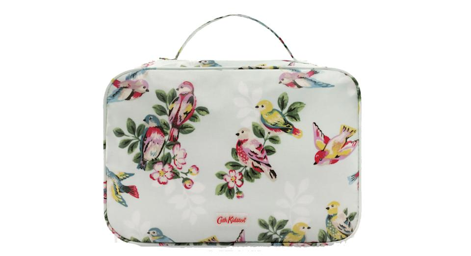 Foldout Washbag