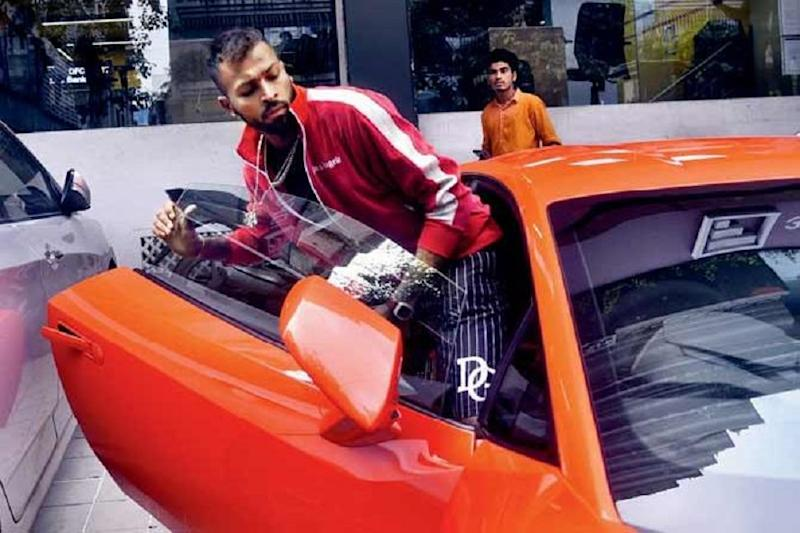 Hardik Pandya Spotted Driving New Lamborghini Huracan EVO Supercar Worth Rs 3.73 Crore