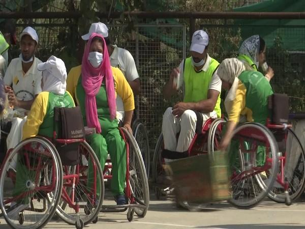 Voluntary Medicare Society (VMS) organizes sports events for specially-abled persons in Srinagar