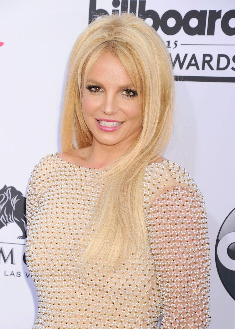 <p>The Billboard Music Awards called for more volume and an icier blonde hue. I'm not mad at it.</p>