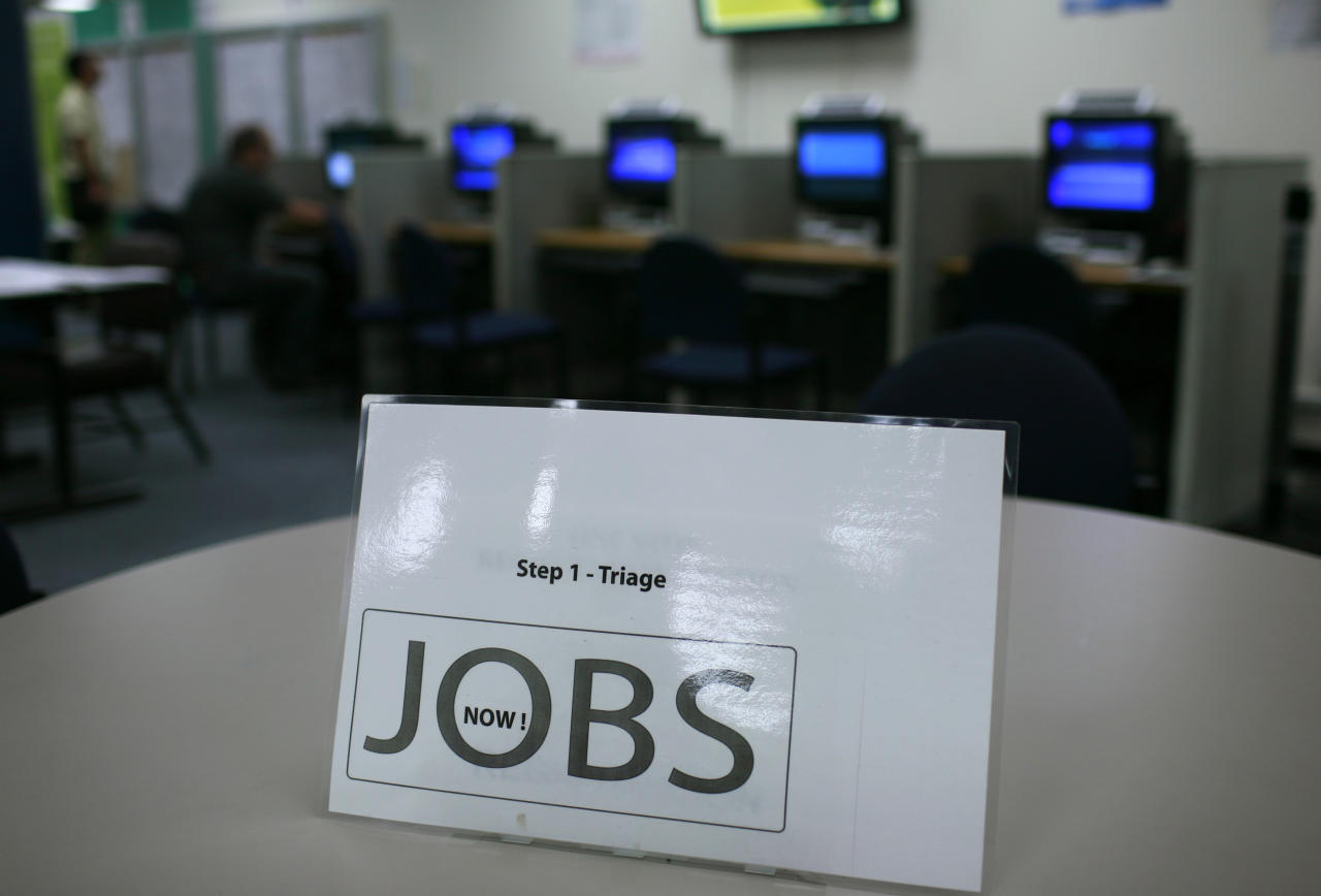 A sign at an information station is shown at the One Stop employment center in San Francisco, California, August 12, 2009. San Francisco Mayor Gavin Newsom said that the city will use U.S. government stimulus money to create 1,000 new jobs for unemployed San Francisco residents. REUTERS/Robert Galbraith   (UNITED STATES BUSINESS EMPLOYMENT)