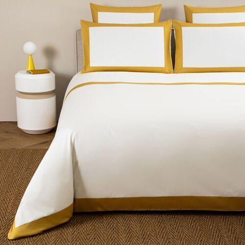 """<p><strong>Frette </strong></p><p>frette.com</p><p><strong>$795.00</strong></p><p><a href=""""https://go.redirectingat.com?id=74968X1596630&url=https%3A%2F%2Fwww.frette.com%2Fen_US%2Fbold-duvet-cover.html&sref=https%3A%2F%2Fwww.elledecor.com%2Fshopping%2Fg36282516%2Fbest-duvet-covers%2F"""" rel=""""nofollow noopener"""" target=""""_blank"""" data-ylk=""""slk:Shop Now"""" class=""""link rapid-noclick-resp"""">Shop Now</a></p><p>Admittedly, Frette's duvet cover will elicit some sticker shock. However, <a href=""""https://go.redirectingat.com?id=74968X1596630&url=https%3A%2F%2Fwww.frette.com%2Fen_US%2Fhomepage&sref=https%3A%2F%2Fwww.elledecor.com%2Fshopping%2Fg36282516%2Fbest-duvet-covers%2F"""" rel=""""nofollow noopener"""" target=""""_blank"""" data-ylk=""""slk:the Italian brand"""" class=""""link rapid-noclick-resp"""">the Italian brand</a> has been the gold standard of bedding since its founding in 1860, so its duvet cover will follow suit. Between its pure cotton sateen fabric and bold border, this option strikes a balance between comfort and chic. </p>"""