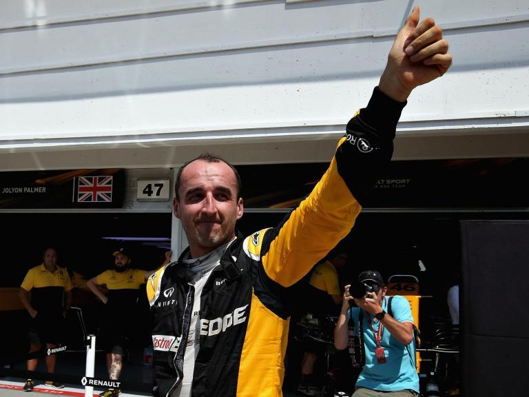F1 fans call for Robert Kubica return after Williams test drive as #SupportKubica goes viral
