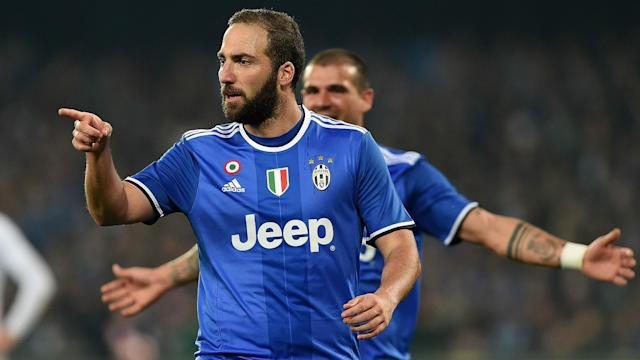 Gonzalo Higuain scored twice against former club Napoli on Wednesday, much to the delight of Juventus team-mate Stefano Sturaro.
