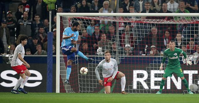 Soccer Football - Europa League Semi Final Second Leg - RB Salzburg v Olympique de Marseille - Red Bull Arena, Salzburg, Austria - May 3, 2018 Marseille's Rolando scores their first goal REUTERS/Lisi Niesner