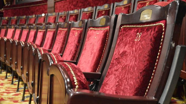 Seats in theatres will remain empty for at least a fortnight longer