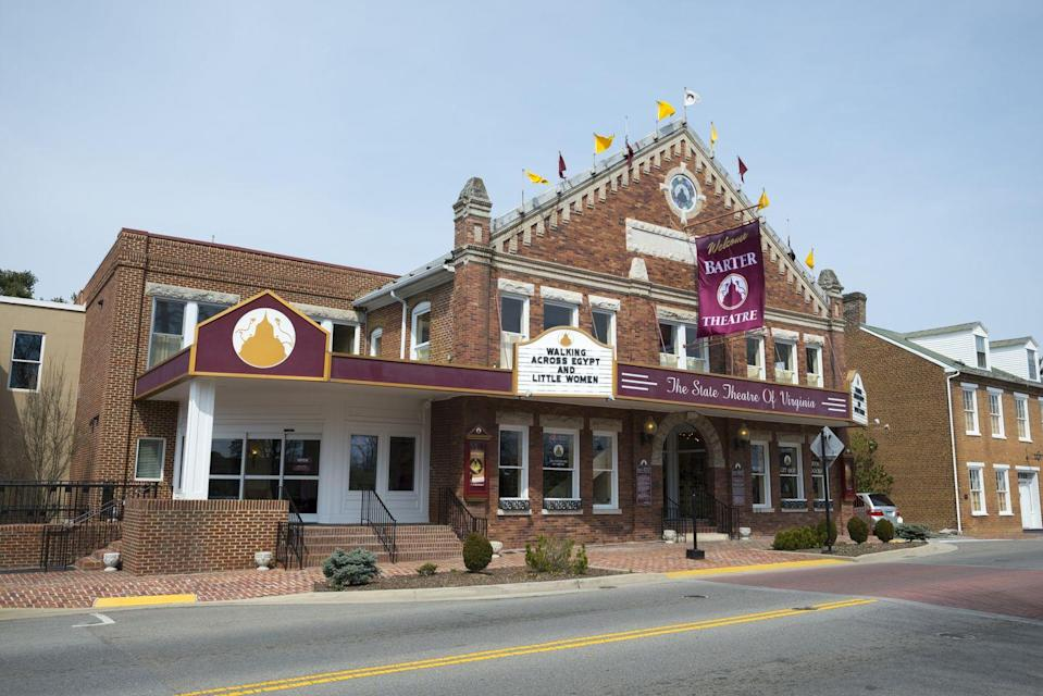<p>Abingdon, Virginia is home to the historic Barter Theatre, the country's longest-running professional theatre. </p>