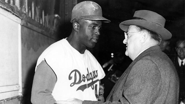 Los Angeles revealed the statue in honor of Jackie Robinson Day.