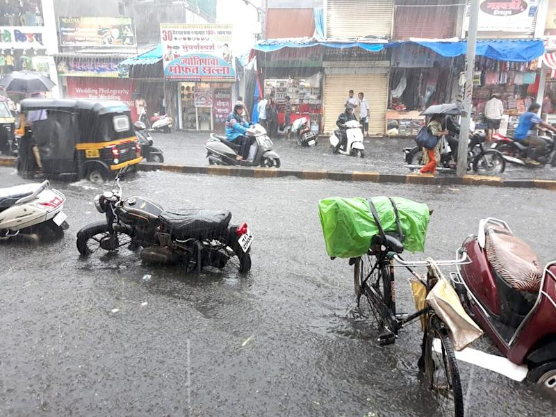 Monsoon Forecast in Mumbai: IMD Predicts Heavy Rainfall to Continue in Financial Capital, Adjoining Districts on Sunday