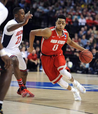 D'Angelo Russell (right) left Ohio State for the NBA draft after one season. (AP)