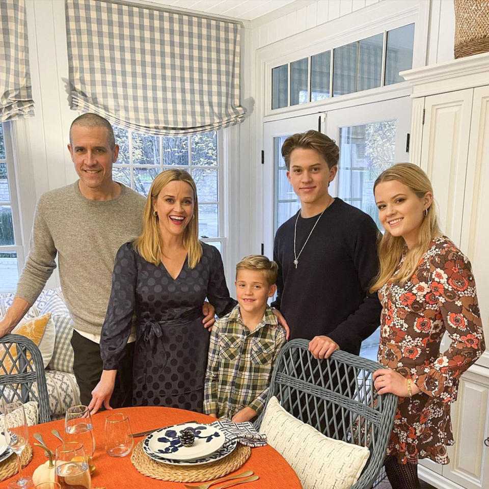 """<p>After baking up a storm, the actress <a href=""""https://people.com/movies/reese-witherspoon-shares-family-thanksgiving-photo-thanks-frontline-workers/"""" rel=""""nofollow noopener"""" target=""""_blank"""" data-ylk=""""slk:shared the holiday with her family"""" class=""""link rapid-noclick-resp"""">shared the holiday with her family</a>, snapping a photo with husband <a href=""""https://people.com/movies/reese-witherspoon-wishes-a-happy-birthday-to-my-amazing-hubby-jim-you-make-50-look-good/"""" rel=""""nofollow noopener"""" target=""""_blank"""" data-ylk=""""slk:Jim Toth"""" class=""""link rapid-noclick-resp"""">Jim Toth</a>, sons <a href=""""https://people.com/parents/reese-witherspoon-shares-snap-of-her-son-deacon-17-driving/"""" rel=""""nofollow noopener"""" target=""""_blank"""" data-ylk=""""slk:Deacon Phillippe"""" class=""""link rapid-noclick-resp"""">Deacon Phillippe</a> and <a href=""""https://people.com/parents/reese-witherspoon-wishes-son-tennessee-happy-8th-birthday/"""" rel=""""nofollow noopener"""" target=""""_blank"""" data-ylk=""""slk:Tennessee James Toth"""" class=""""link rapid-noclick-resp"""">Tennessee James Toth</a>, and daughter <a href=""""https://people.com/tag/ava-phillippe/"""" rel=""""nofollow noopener"""" target=""""_blank"""" data-ylk=""""slk:Ava Phillippe"""" class=""""link rapid-noclick-resp"""">Ava Phillippe</a>. """"</p> <p>Happy Thanksgiving from our family to yours,"""" Witherspoon <a href=""""https://www.instagram.com/p/CIEikchASDd/"""" rel=""""nofollow noopener"""" target=""""_blank"""" data-ylk=""""slk:captioned the pic."""" class=""""link rapid-noclick-resp"""">captioned the pic.</a></p> <p>""""Feeling very grateful for all the frontline workers, medical workers and people who are caring for others today,"""" she added. """"And I'm deeply grateful for ALL of you! Sending my LOVE. 🥰🦃🍁🥧❤️""""</p>"""