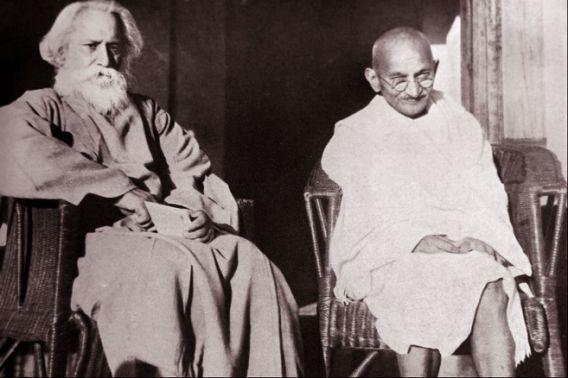 On the second day of the annual conference of the Indian National Conference in Calcutta, on December 27, 1911, the song was sung for the very first time. Sarla Devi Chowdhurani, Tagore's niece intonated the song along with a few friends. The notation of the song was set by Tagore in 1919, and is followed even to this day.