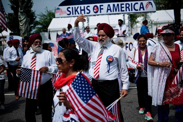 <p>Participants gather for a parade to celebrate Independence Day on July 4, 2017 in Washington, D.C. (Photo: Brendan Smialowski/AFP/Getty Images) </p>