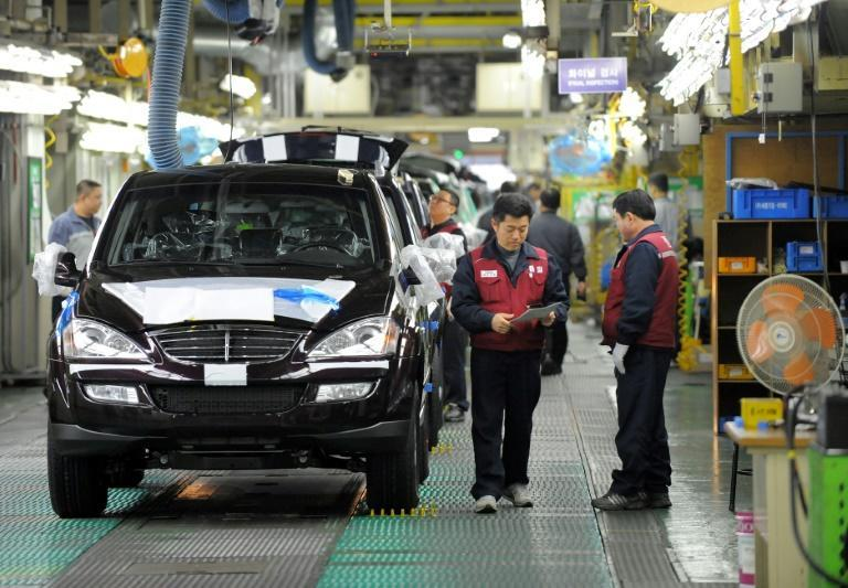 Revised statistics show South Korea's manufacturing sector expanded 2.3 percent last year