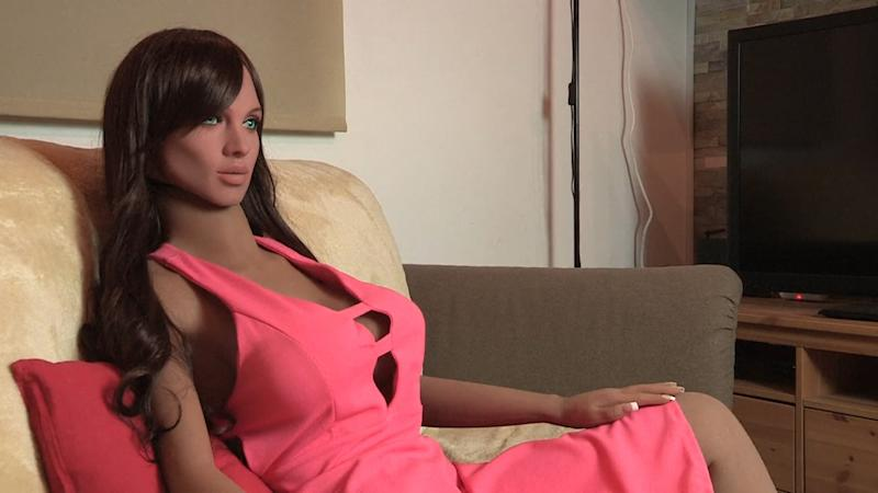 Meet Samantha, A Sex-Doll That Can Respond To A Kiss Or Touch