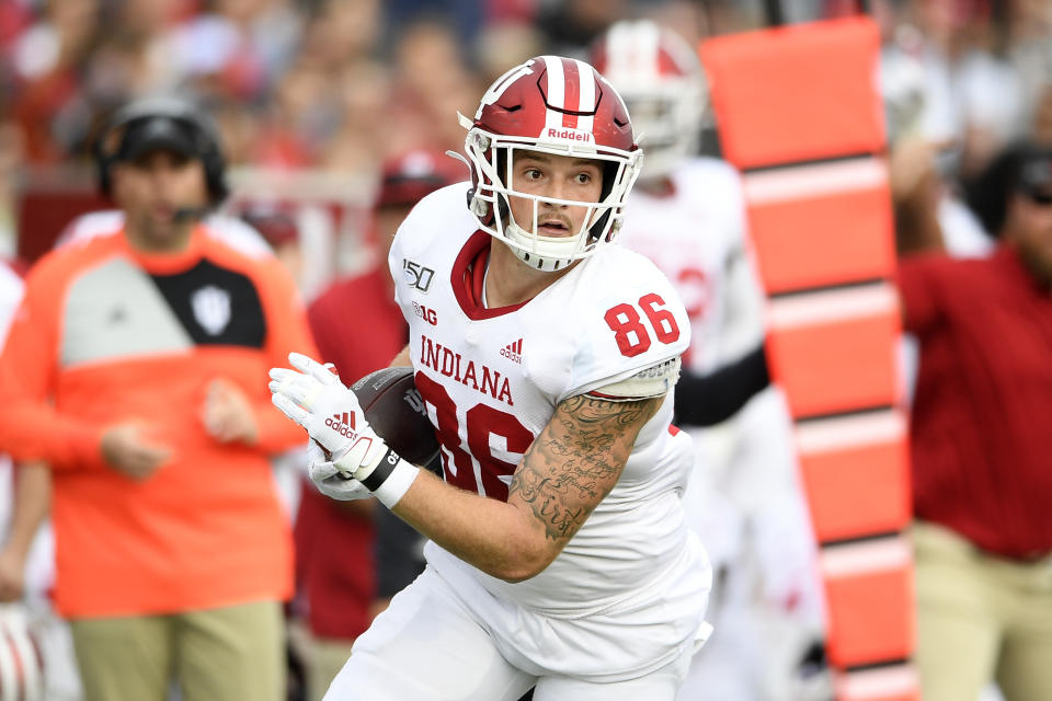 Indiana tight end Peyton Hendershot (86) runs with the ball during the first half of an NCAA football game against Maryland, Saturday, Oct. 19, 2019, in College Park, Md. (AP Photo/Nick Wass)