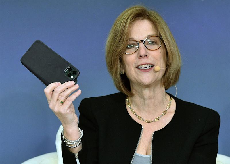 Apple Privacy Executive Defends Encryption After FBI Request