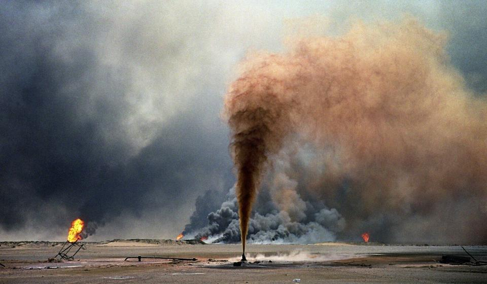 Iraqi forces blew up oil wells as they evacuated from Kuwait near the end of the Gulf War. Photo: Getty Images