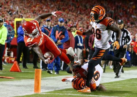 <span>Kareem Hunt dives in for a touchdown as the Chiefs hammer the Bengals</span> <span>Credit: (Jay Biggerstaff/USA Today) </span>