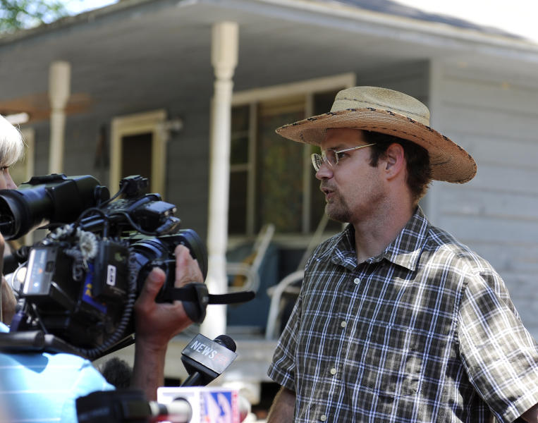 Keith Schuchardt speaks outside his father's home Wednesday, April 18, 2012, in Spring, Texas about the murder of his wife and abduction of his 3-day-old baby. Verna Deann McClain has been charged with capital murder and the baby is now with relatives. (AP Photo/Pat Sullivan)