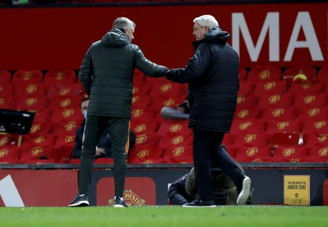 Steve Bruce leads Newcastle to Old Trafford on Saturday afternoon