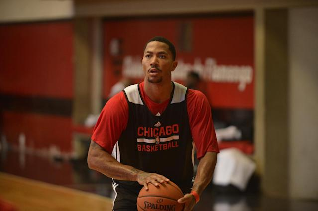 RIO DE JANIERO, BRAZIL - OCTOBER 10: Derrick Rose #1 of the Chicago Bulls shoots during practice as part of 2013 Global Games on October 10, 2013 at Flamengo Club in Rio de Janiero, Brazil. (Photo by David Dow/NBAE via Getty Images)
