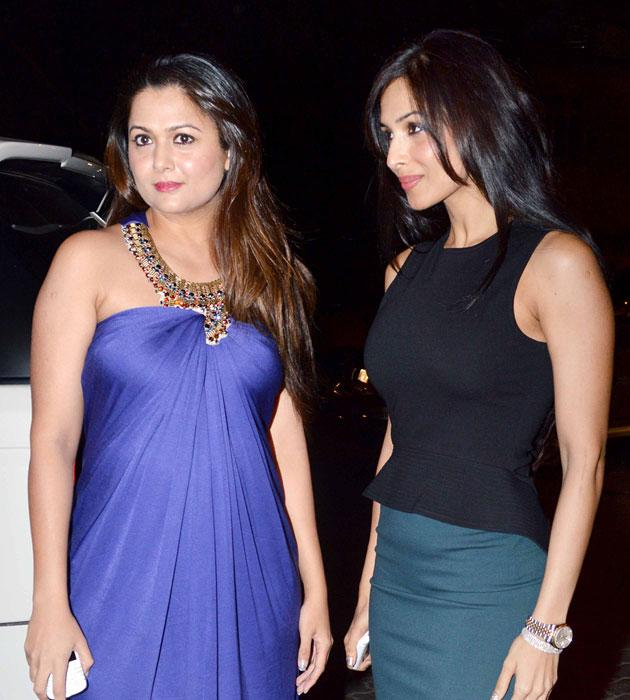 Malaika along with her sister Amrita arrives at the church