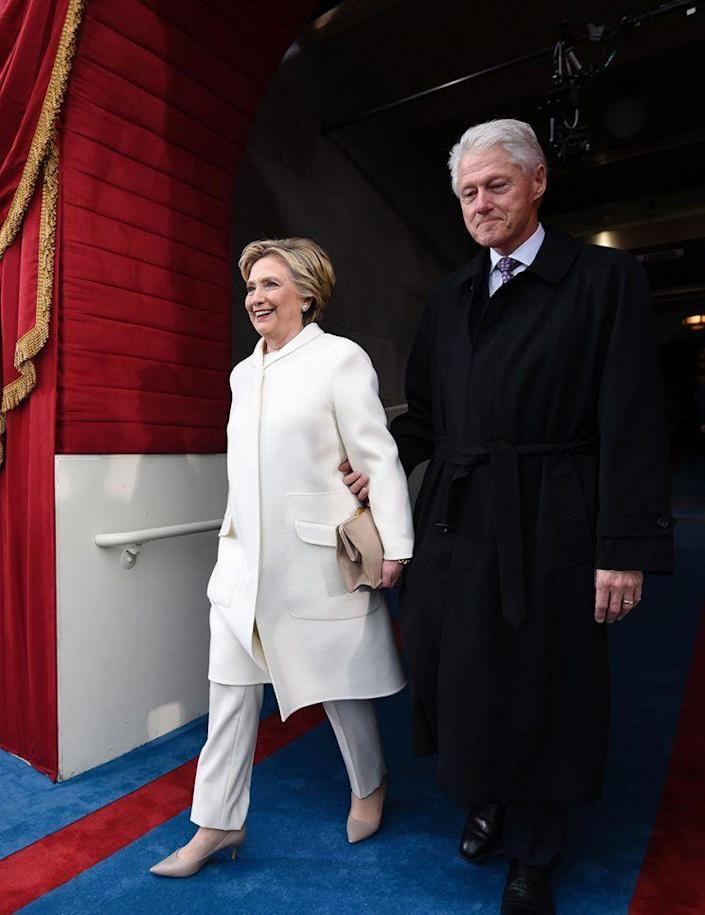Former US President Bill Clinton and First Lady Hillary Clinton arrive for the Presidential Inauguration of Donald Trump at the US Capitol in Washington, D.C. (Photo: Getty Images)