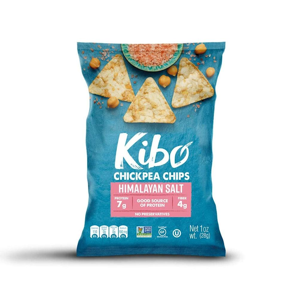 "<p>These <product href=""https://www.amazon.com/Kibo-Chickpea-Chips-Plant-Based-Non-GMO/dp/B07WPX3SHK/ref=sr_1_4_sspa?dchild=1&amp;keywords=low%2Bcarb%2Bchips&amp;qid=1598651799&amp;sr=8-4-spons&amp;spLa=ZW5jcnlwdGVkUXVhbGlmaWVyPUFKVktRMUtTSExCUVgmZW5jcnlwdGVkSWQ9QTAxNjYxNDlZRVU1QzZPM0xGM1QmZW5jcnlwdGVkQWRJZD1BMDE3MjgzOTFIVlFJQTNNR0FMOE8md2lkZ2V0TmFtZT1zcF9hdGYmYWN0aW9uPWNsaWNrUmVkaXJlY3QmZG9Ob3RMb2dDbGljaz10cnVl&amp;th=1"" target=""_blank"" class=""ga-track"" data-ga-category=""internal click"" data-ga-label=""https://www.amazon.com/Kibo-Chickpea-Chips-Plant-Based-Non-GMO/dp/B07WPX3SHK/ref=sr_1_4_sspa?dchild=1&amp;keywords=low%2Bcarb%2Bchips&amp;qid=1598651799&amp;sr=8-4-spons&amp;spLa=ZW5jcnlwdGVkUXVhbGlmaWVyPUFKVktRMUtTSExCUVgmZW5jcnlwdGVkSWQ9QTAxNjYxNDlZRVU1QzZPM0xGM1QmZW5jcnlwdGVkQWRJZD1BMDE3MjgzOTFIVlFJQTNNR0FMOE8md2lkZ2V0TmFtZT1zcF9hdGYmYWN0aW9uPWNsaWNrUmVkaXJlY3QmZG9Ob3RMb2dDbGljaz10cnVl&amp;th=1"" data-ga-action=""body text link"">Kibo Chickpea Chips</product> ($20 for 12) are a super unique version of a dipping chip, and they've only got 10 grams of net carbs per serving.</p>"