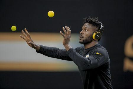 FILE PHOTO - Dec 23, 2018; New Orleans, LA, USA; Pittsburgh Steelers wide receiver Antonio Brown prior to kickoff against the New Orleans Saints at the Mercedes-Benz Superdome. Mandatory Credit: Derick E. Hingle-USA TODAY Sports