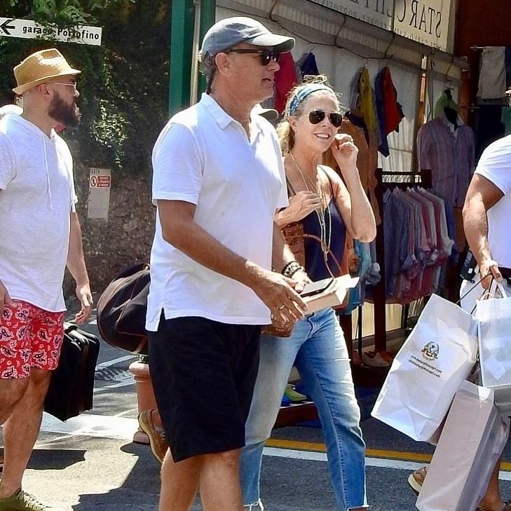 Tom Hanks and Rita Wilson managed to actually pass as your everyday American tourists while on vacation in Portofino.