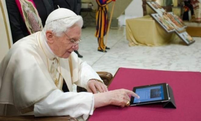Soon-to-be-retired Pope Benedict XVI sends his very first tweet.