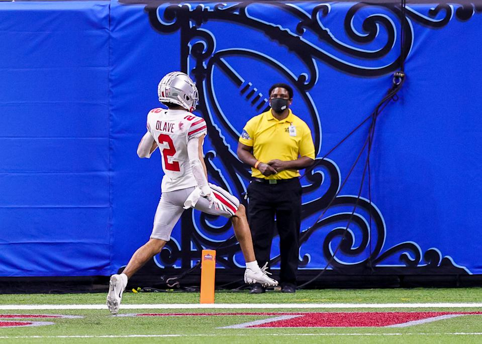 Ohio State WR Chris Olave has been a terrific target for the Buckeyes the past few years. (Photo by Stephen Lew/Icon Sportswire via Getty Images)