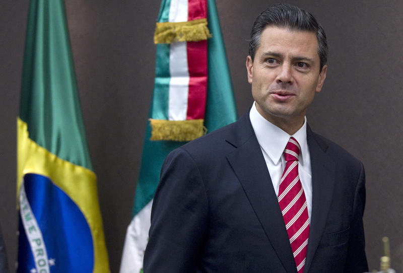 Mexico's President-elect Enrique Pena Nieto attends a press conference after meeting businessmen at the Sao Paulo's Industries Federation in Sao Paulo, Brazil, Wednesday, Sept. 19, 2012. (AP Photo/Andre Penner)