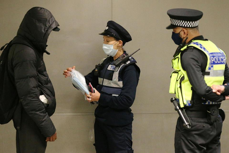 A man getting issues with a fine for not wearing a mask (PA)