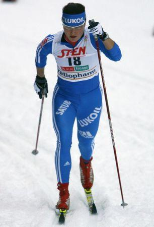 Russia's Evgenia Shapovalova competes in the qualification round of the women's 1.2 km classic sprint World Cup cross country event at Ruka ski resort near the town of Kuusamo November 28, 2009.  REUTERS/Bob Strong