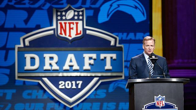 The NFL awarded the 32 compensatory picks for the 2018 NFL Draft with four teams receiving four picks apiece.