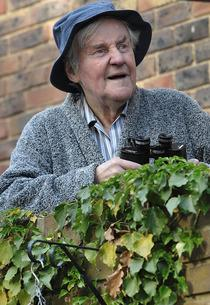 Richard Briers in <i>Cockneys vs Zombies</i>   Photo Credits: Tea Shop & Film Company/The Kobal Collection