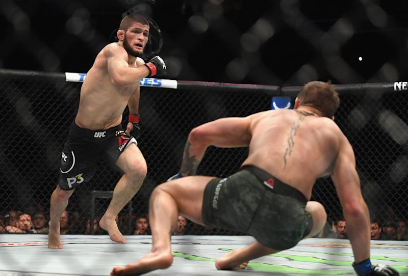 Khabib Nurmagomedov knocks Conor McGregor down