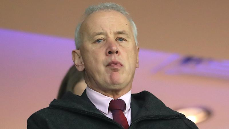 EFL 'deeply frustrated' by decision to delay return of crowds
