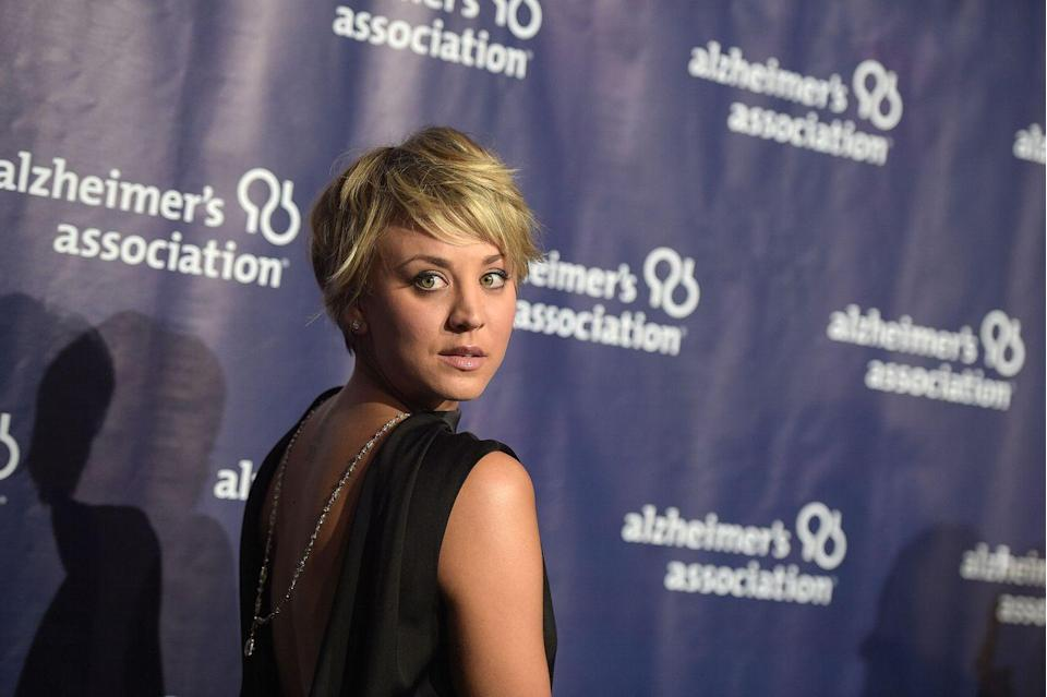 "<p>'Kaley loves abs,' <a href=""https://www.bodyandsoul.com.au/health/celebrity-profiles/kaley-cuoco-says-this-doable-workout-is-the-secret-to-her-insane-abs/news-story/f826749fbfe485b9562a0af5157c3ff6"" rel=""nofollow noopener"" target=""_blank"" data-ylk=""slk:her trainer said"" class=""link rapid-noclick-resp"">her trainer said</a>. 'One of her favourite abs exercise circuits involves a BOSU Ball sit-up to squat jump, plank jumping jacks, and alternating prone dumbbell <a href=""https://www.womenshealthmag.com/uk/fitness/strength-training/a28827670/how-to-do-tricep-kickbacks/"" rel=""nofollow noopener"" target=""_blank"" data-ylk=""slk:tricep kickbacks"" class=""link rapid-noclick-resp"">tricep kickbacks</a> on the floor.'</p><p><strong>RELATED: </strong>PTs say this <a href=""https://www.womenshealthmag.com/uk/fitness/workouts/a35724571/deadbugs-every-day/"" rel=""nofollow noopener"" target=""_blank"" data-ylk=""slk:simple exercise"" class=""link rapid-noclick-resp"">simple exercise</a> could be better for building core strength than sit-ups and planks.</p>"