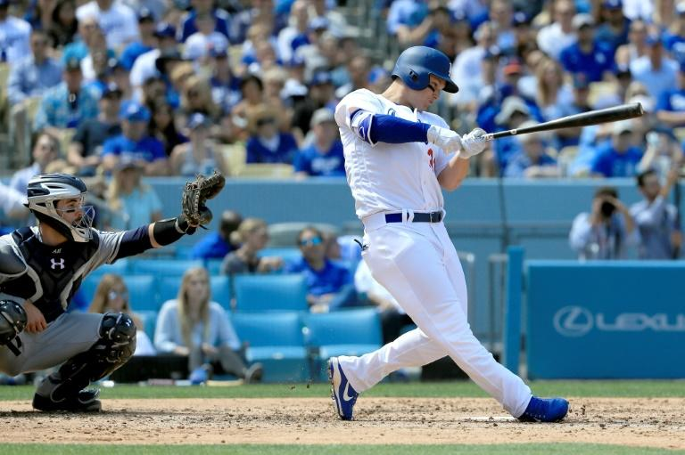 Joc Pederson drives in a career-high five runs as the Los Angeles Dodgers rout the San Diego Padres 14-3